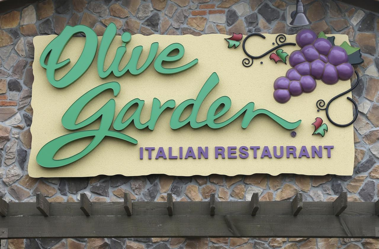 Marvelous This Monday, June 27, 2016, Photo Shows An Olive Garden Restaurant, A  Darden Brand, In Methuen, Mass. Darden Reports Financial Results Tuesday,  Oct. 4, ...
