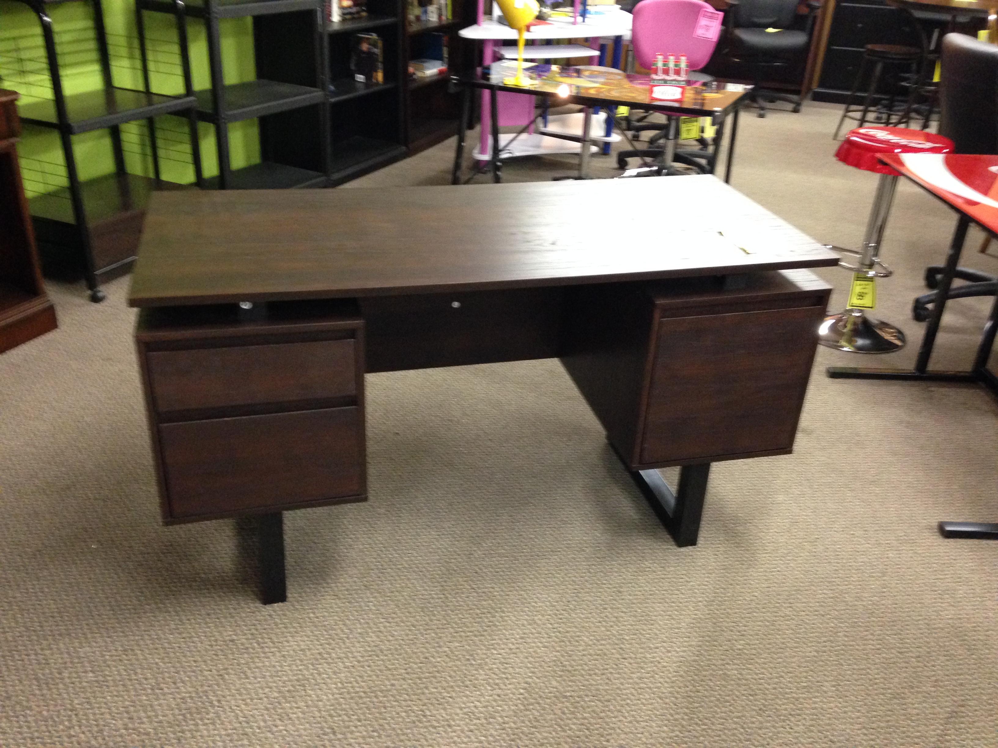 Cuccino Computer Desk