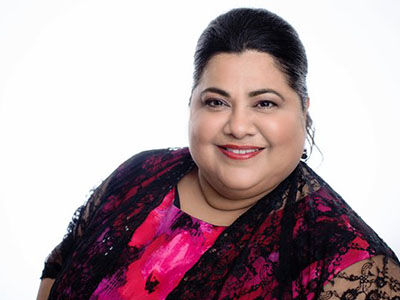 Janie Flores LIVE