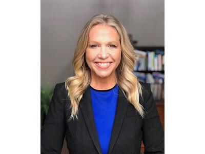 Dr. Lisa Dunne