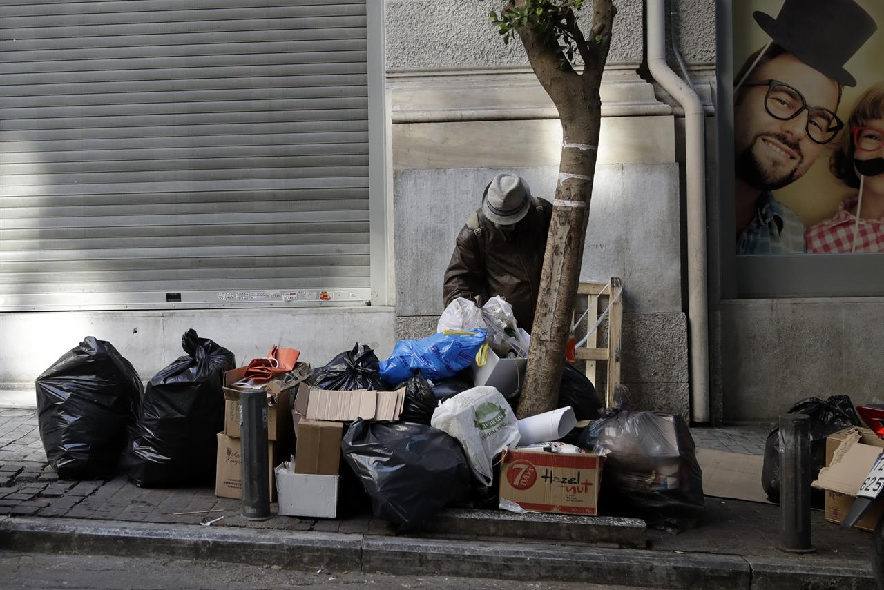 Ap Photos Greek Poverty Deepens During 7 Years Of