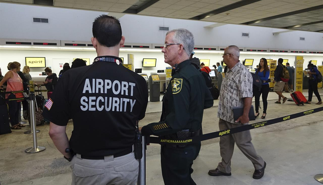 Airport Chaos Flights Canceled Spirit Airlines