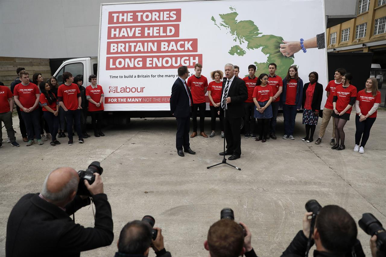 Celebrities and Labour apparatchiks out for fundraising ...