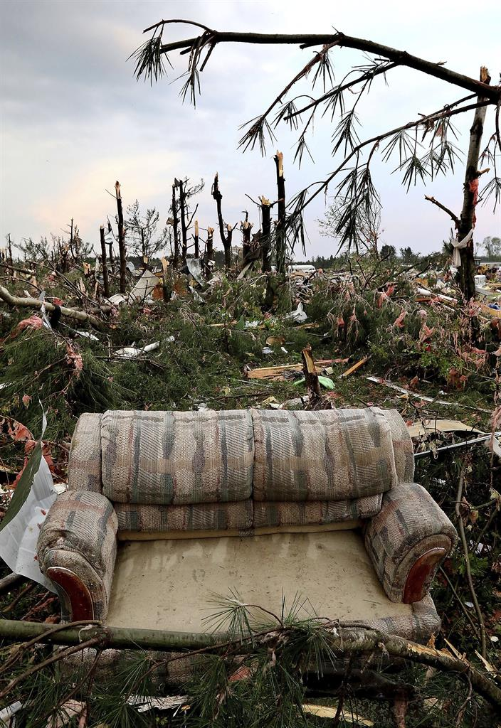 The Latest 1 Death As Tornado Hits Oklahoma Subdivision
