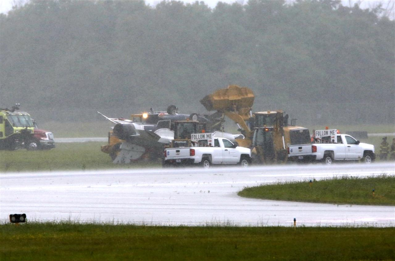 2 in Thunderbirds jet accident in Ohio in good condition | Money 105 5