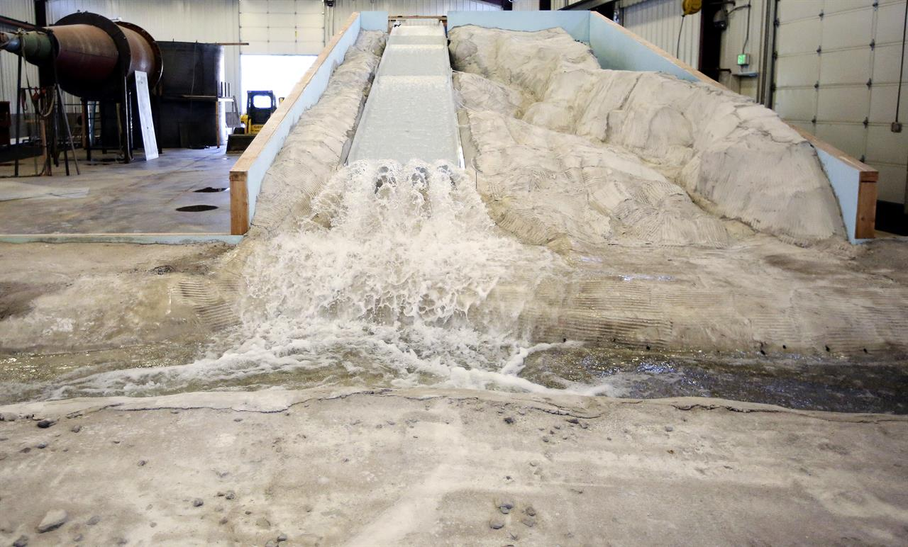 Engineers use replica to pinpoint California dam repairs | Money