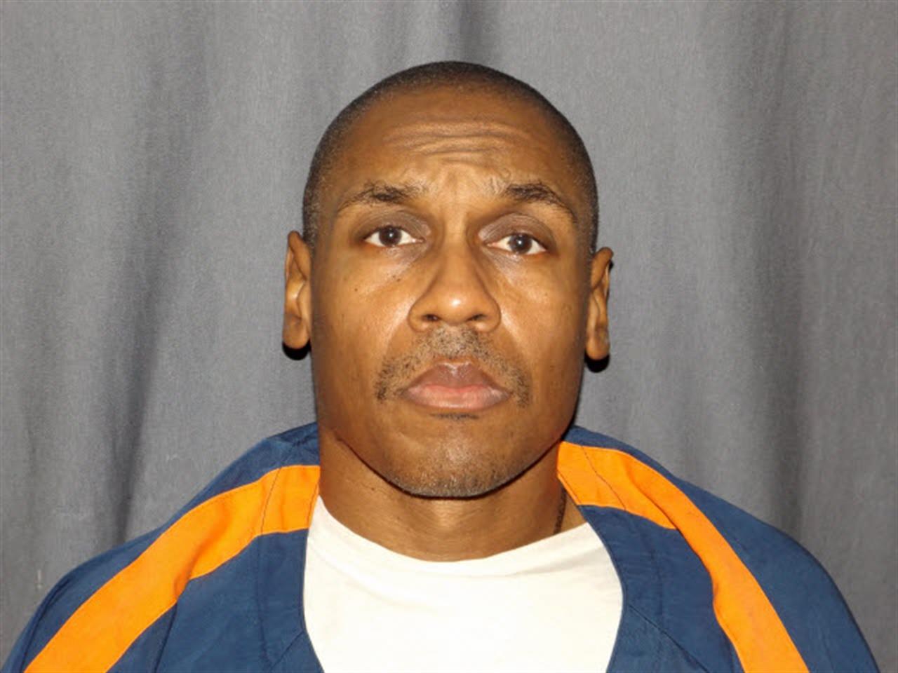 Michigan man's bid to overturn murder convictions halted | AM 1070