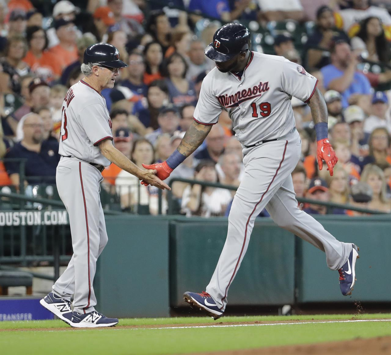 Fiers Strikes Out 11 As Astros Beat Twins 5-3