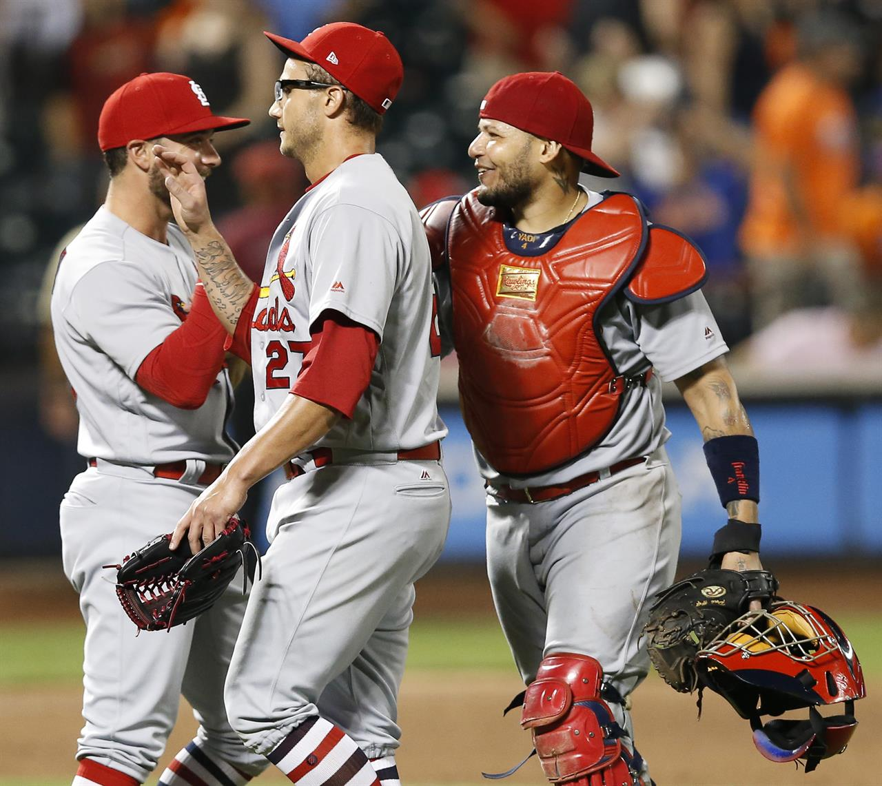 Dejong Decks Mets Again Wainwright Leads Cards To 6 3 Win