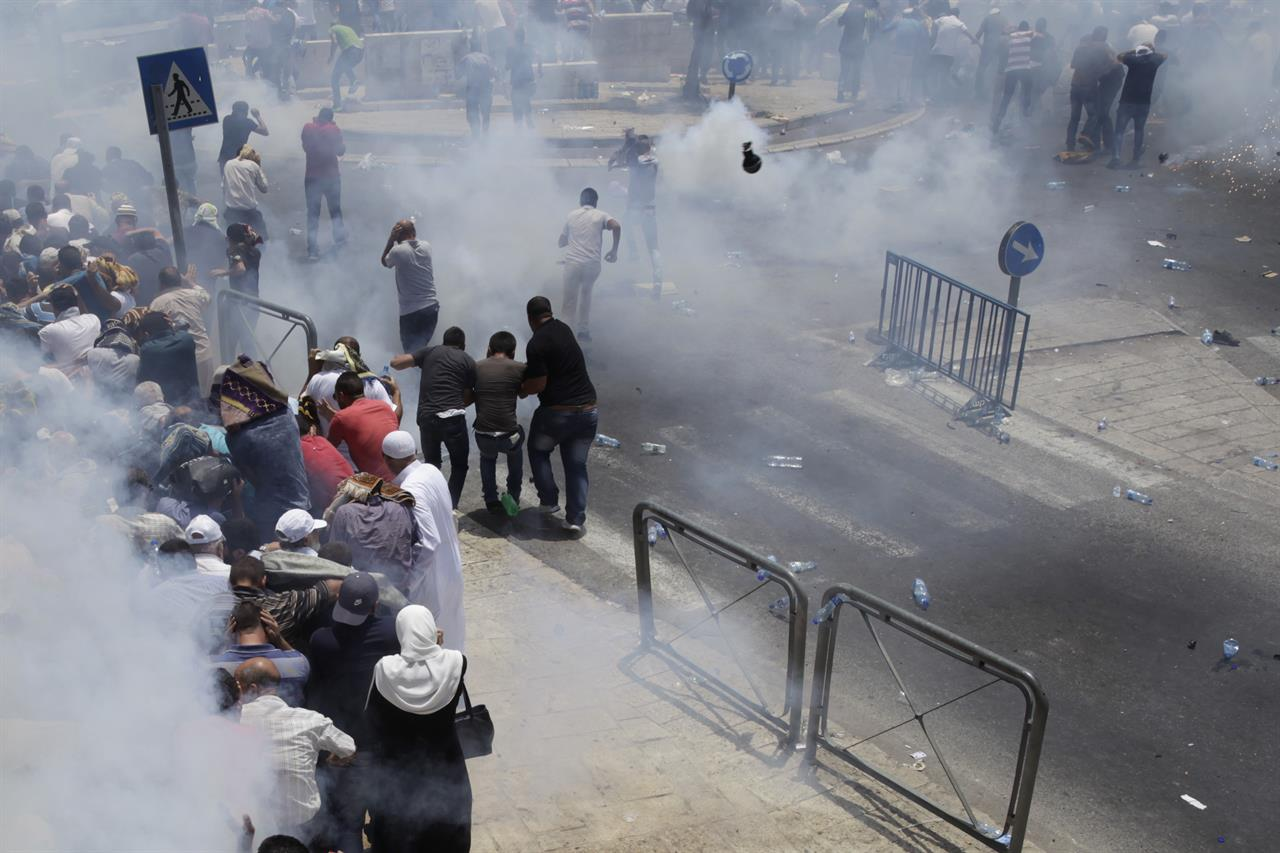 Jew Detector: 3 Palestinians, 3 Israelis Killed In Violence Over Holy