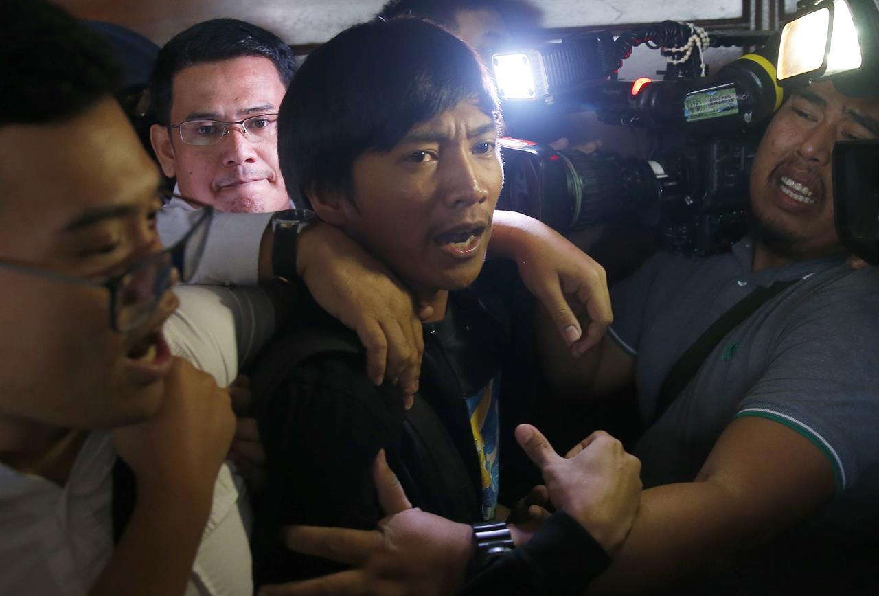 martial law in the philippines Metro manila (cnn philippines, may 24) — president rodrigo duterte has placed mindanao under martial law, presidential spokesperson ernesto abella said late tuesday.