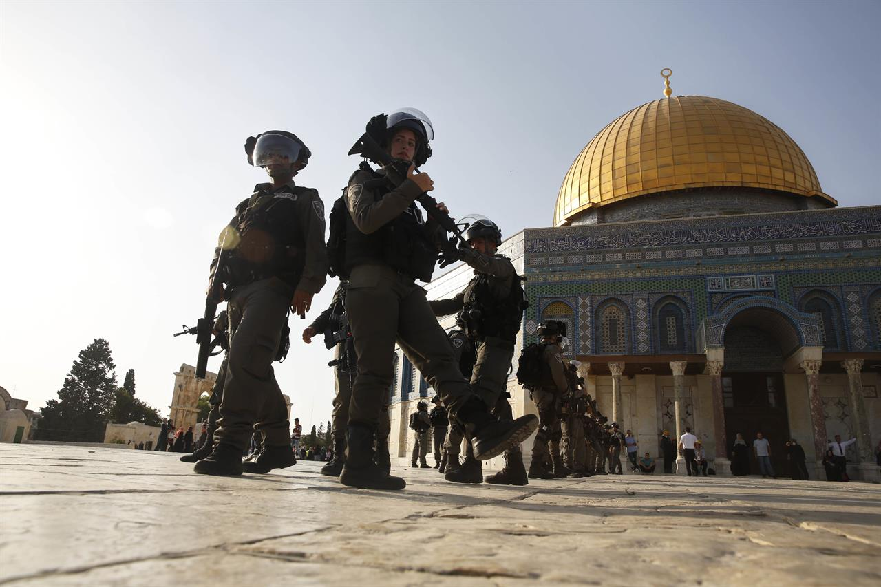Jew Detector: Clashes, Tensions Flare At Sacred Site In Jerusalem