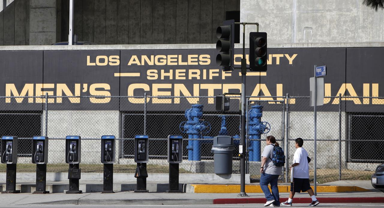 Los Angeles sheriff reported inaccurate jail violence stats | AM