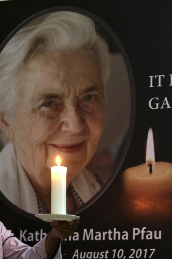 Pfau, 'Mother Teresa of Pakistan,' dies at age 87 | 1520 ...