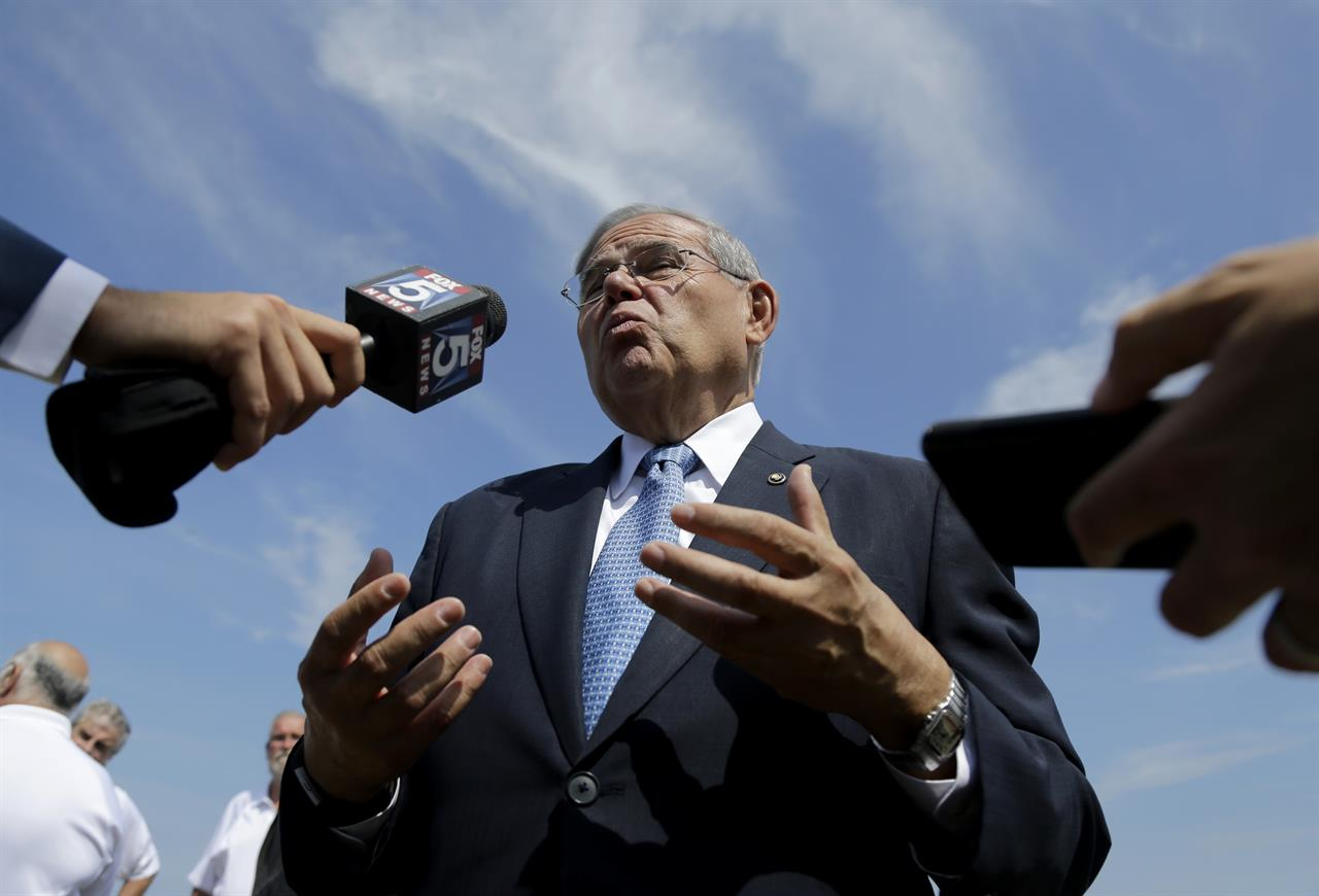 Plenty at stake in jury selection for Menendez trial | AM