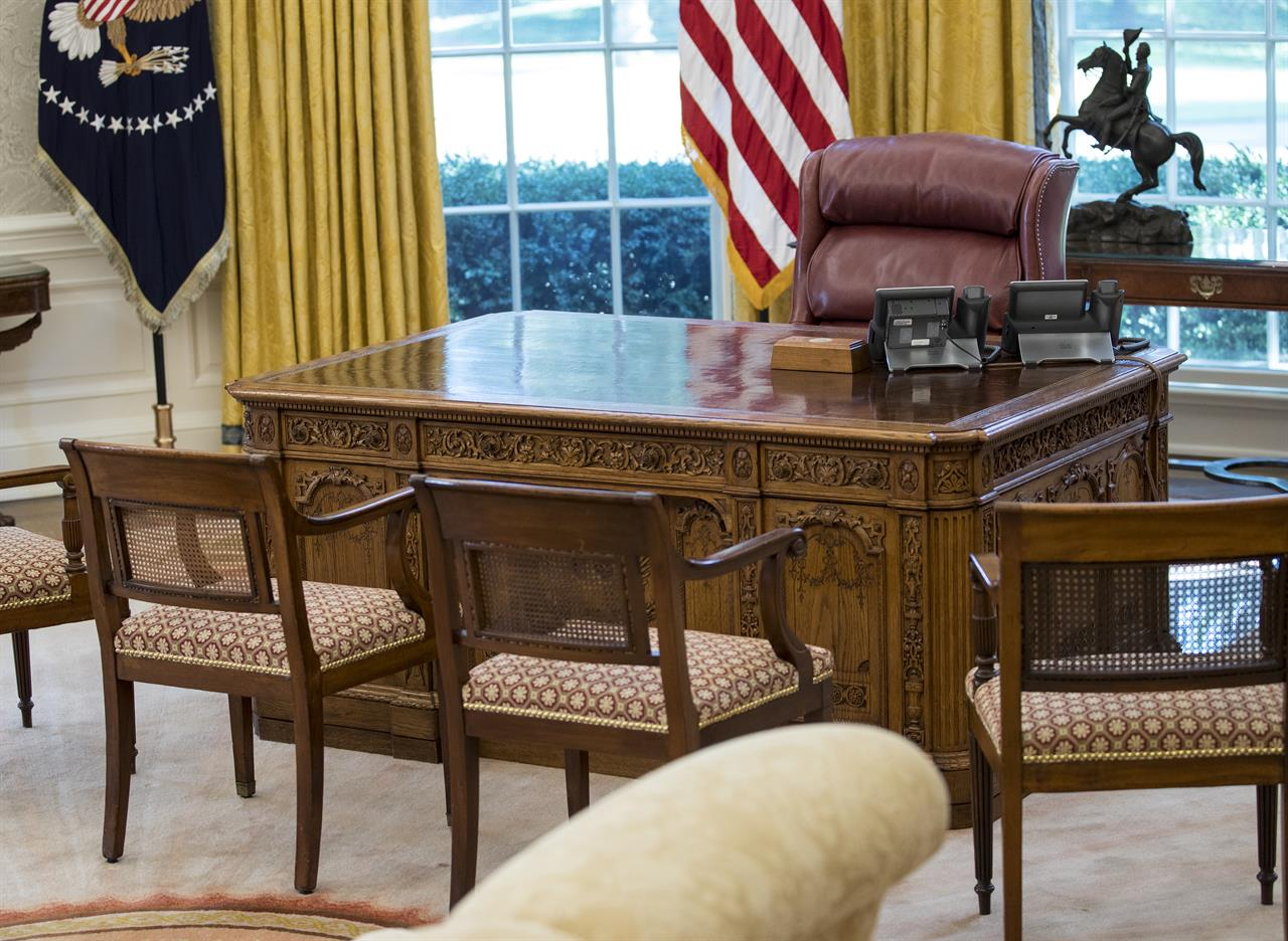 oval office resolute desk. West Wing Update Includes New Paint, Carpet And Eagles Oval Office Resolute Desk
