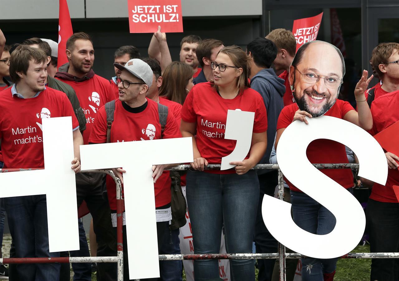 Merkel, rival Schulz spar over Turkey in TV election ...