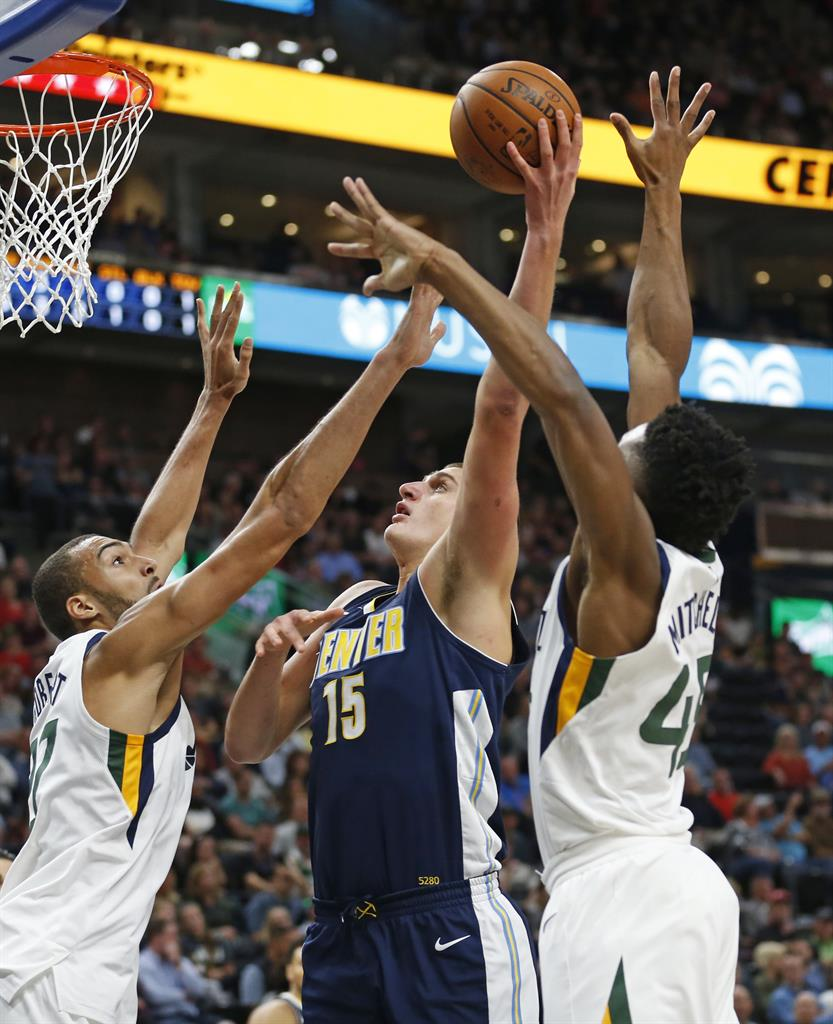 Hayward Scores 32 As Jazz Beat Nuggets: Burks Takes Over In 4th, Jazz Beat Nuggets 106-96