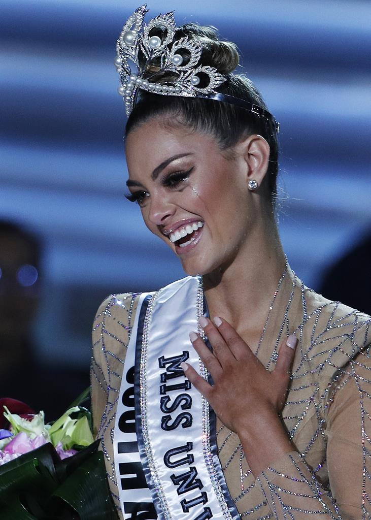 Second Use Seattle >> Contestant from South Africa wins Miss Universe crown - Seattle, WA