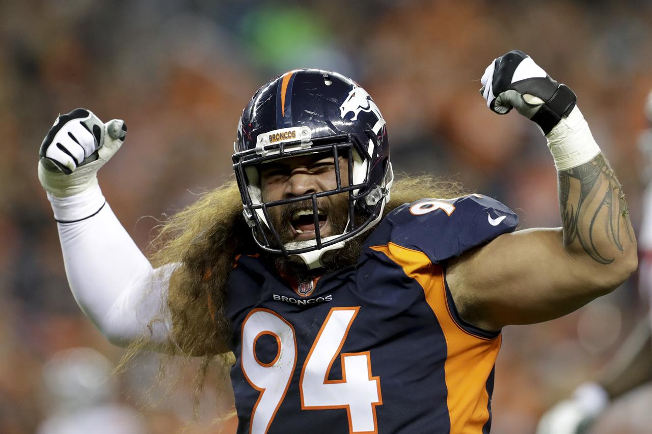Domata Peko's 123-game streak coming to a halt