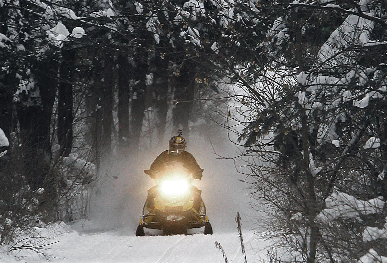 snowmobile season off to good start in time of warming atlanta ga