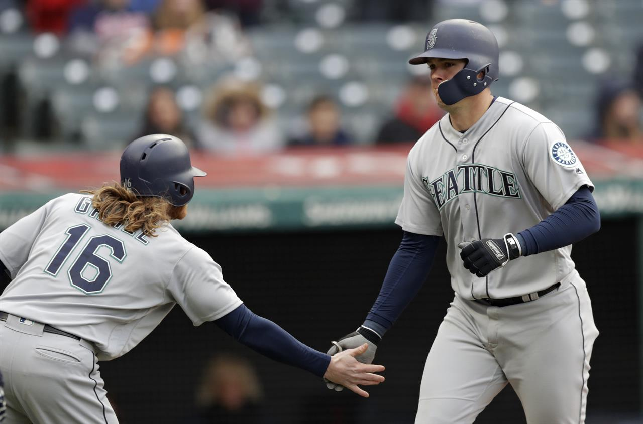 Segura, Cruz lead Mariners to 12-4 win over Indians | AM 970