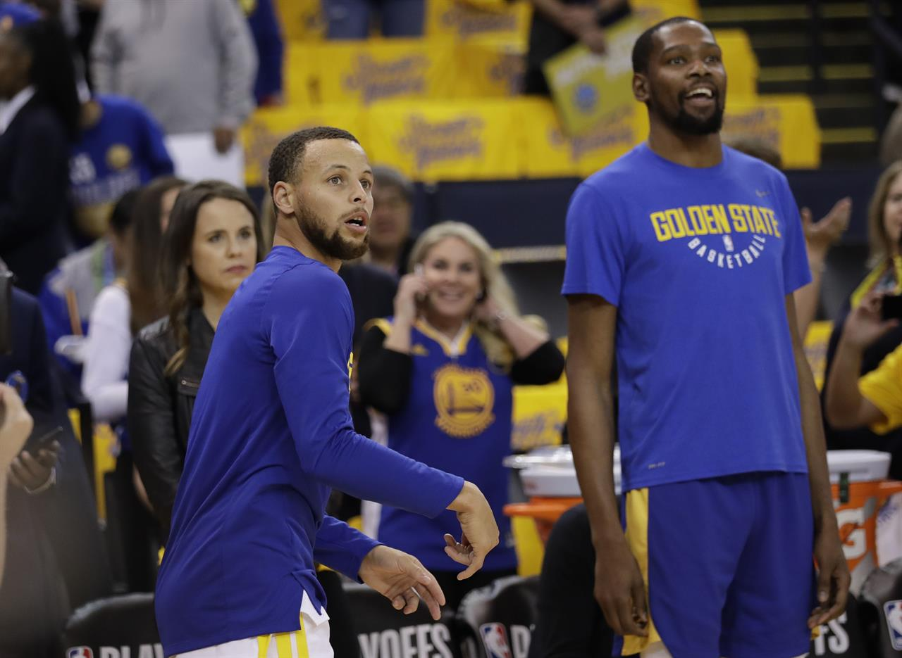 6dd3f7fd1449 Warriors  Stephen Curry sitting out Game 1 against Pelicans
