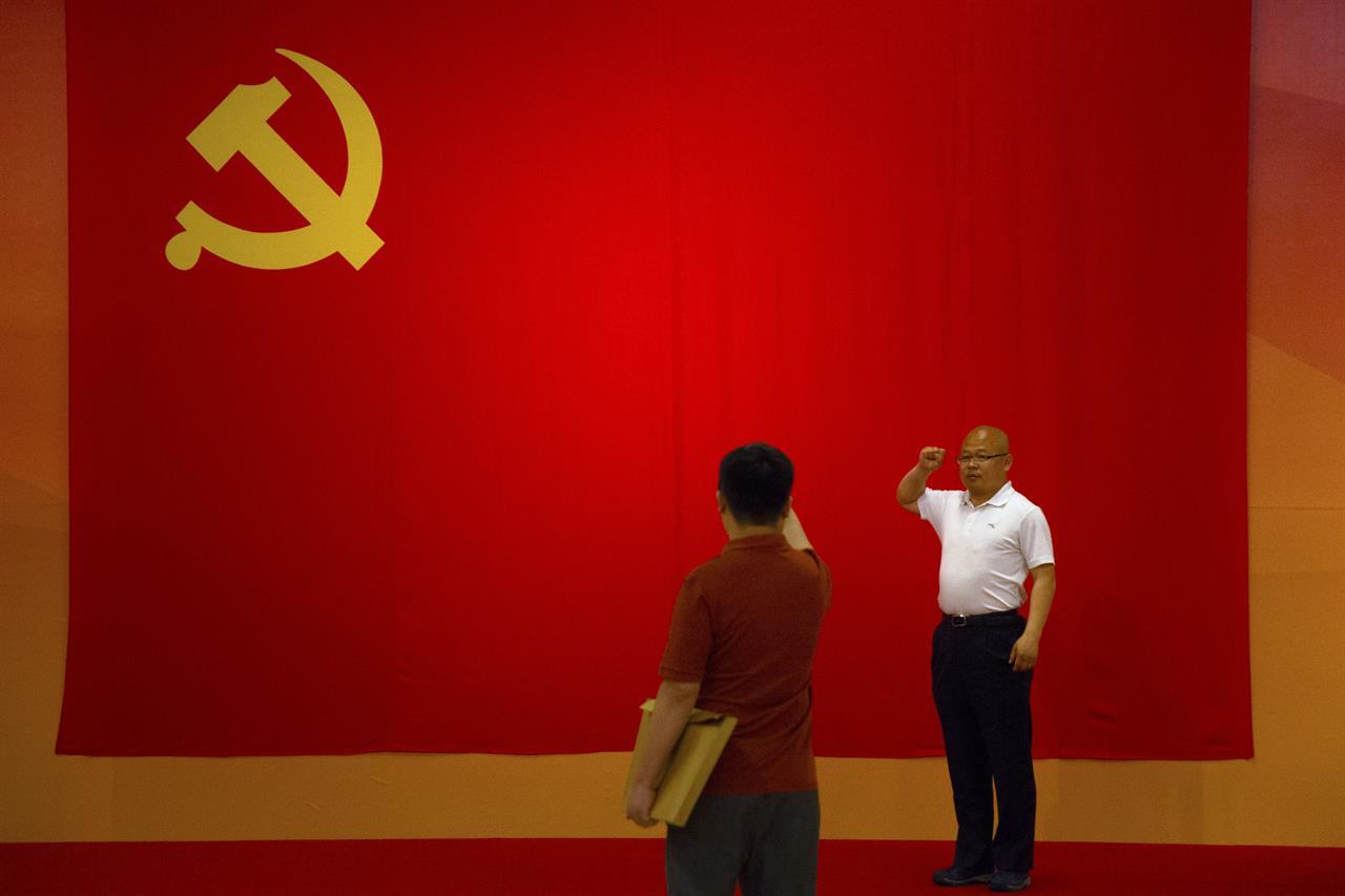 A Free Trader To World Chinas Xi Champions Marx At Home 1520