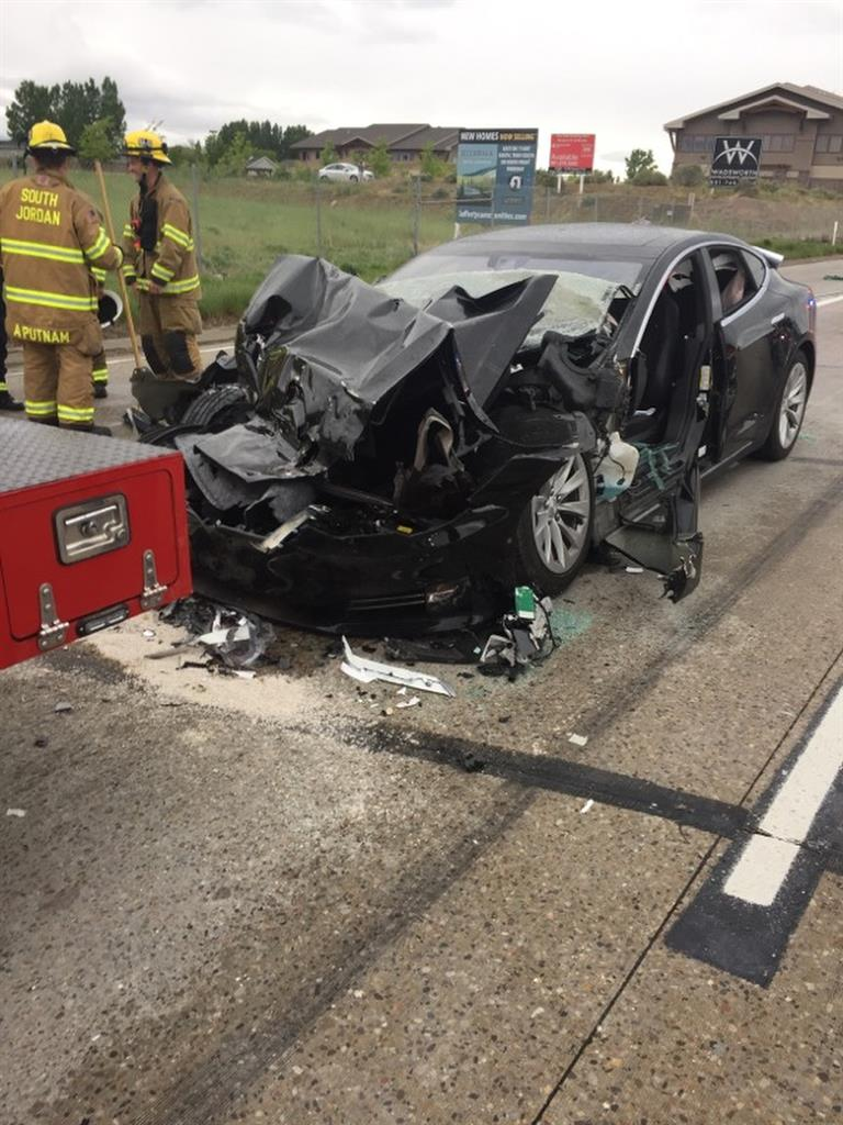 Police probe whether Autopilot feature was on in Tesla crash | Money