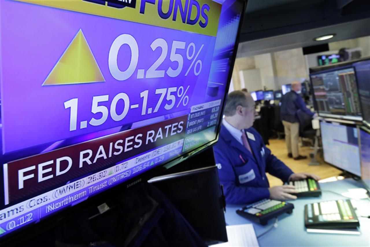 What rising interest rates mean for savers, borrowers | AM