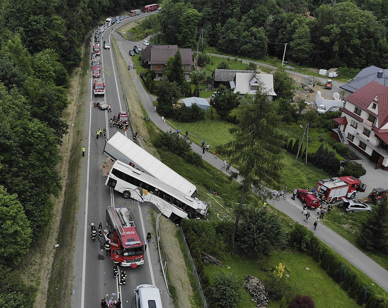Bus on a school trip crashes in Poland, 49 injured | Money