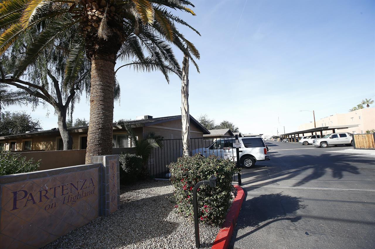 phoenix police serial killing suspect tied to 9 attacks 710 knus