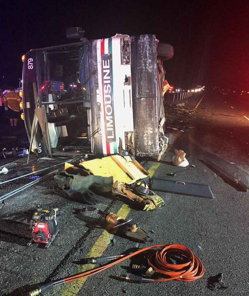 New Mexico passenger bus crash kills 3, injures 24 others