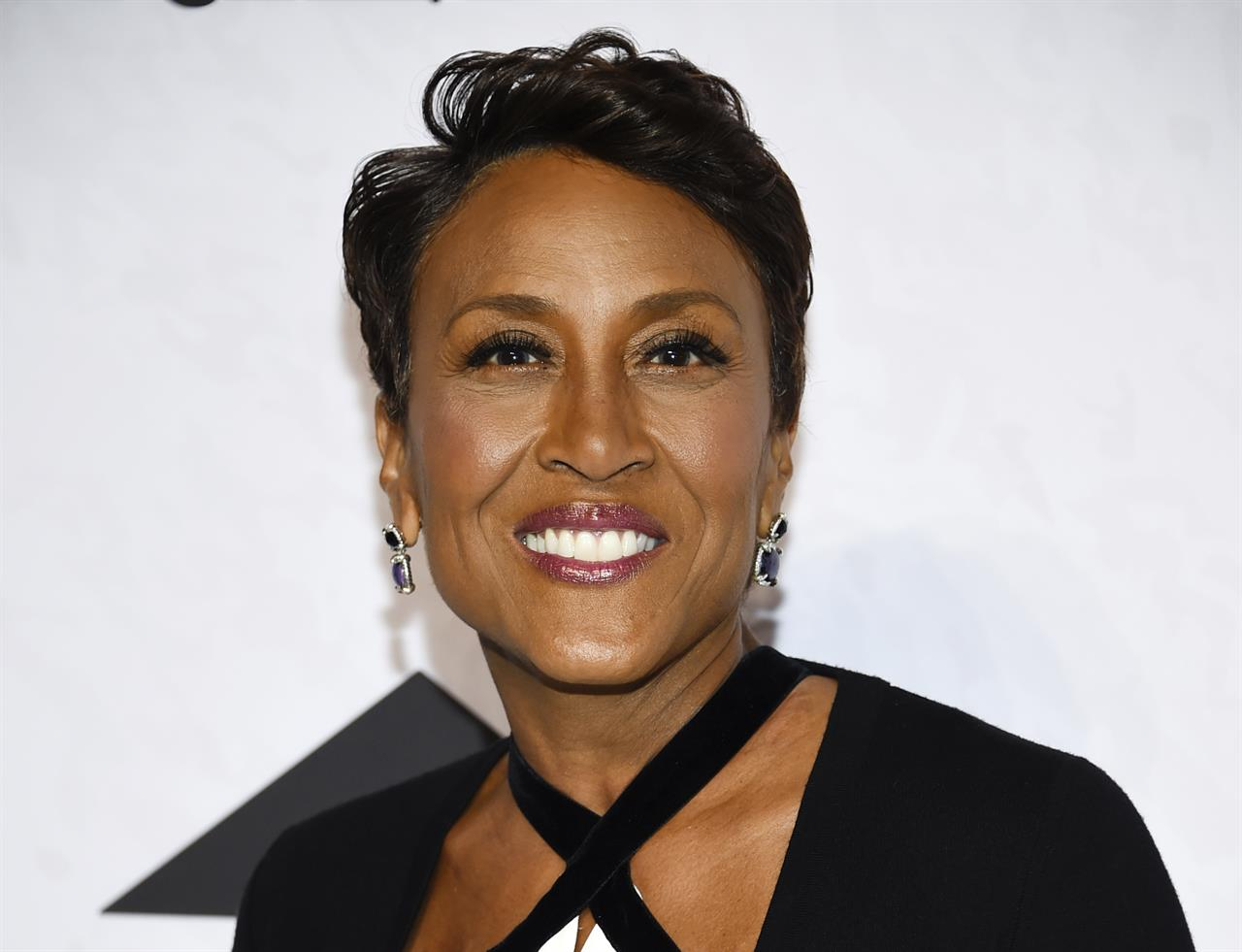Robin Roberts, Lifetime make deal for movies, documentaries