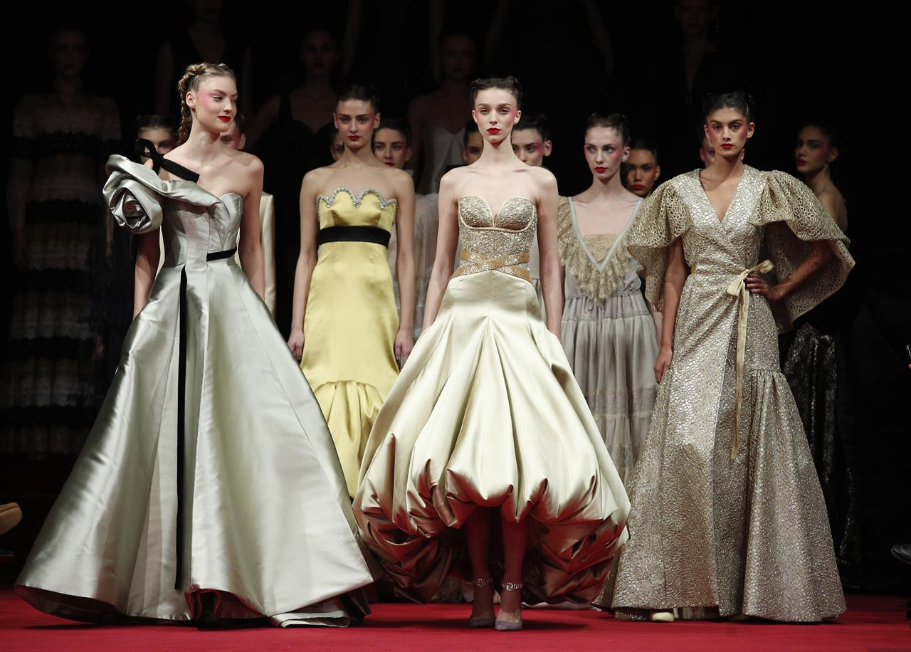 Chanel\'s garden delights as Givenchy designer debuts couture - New ...