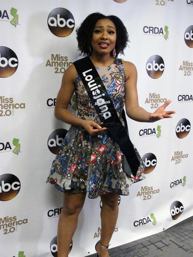 NFL kneeling question helps pick Miss America prelim winner | AM 970