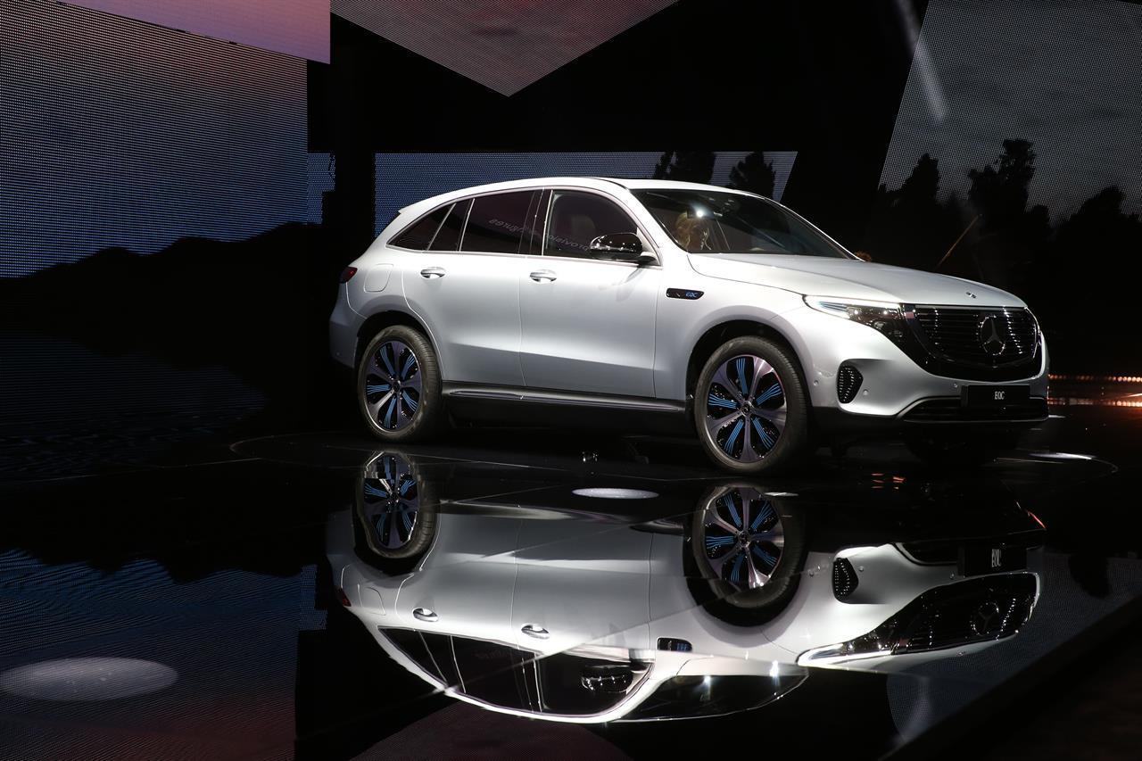 Paris Auto Show Highlights Electric SUVs Yet Diesel Lives On - Car show orlando fl