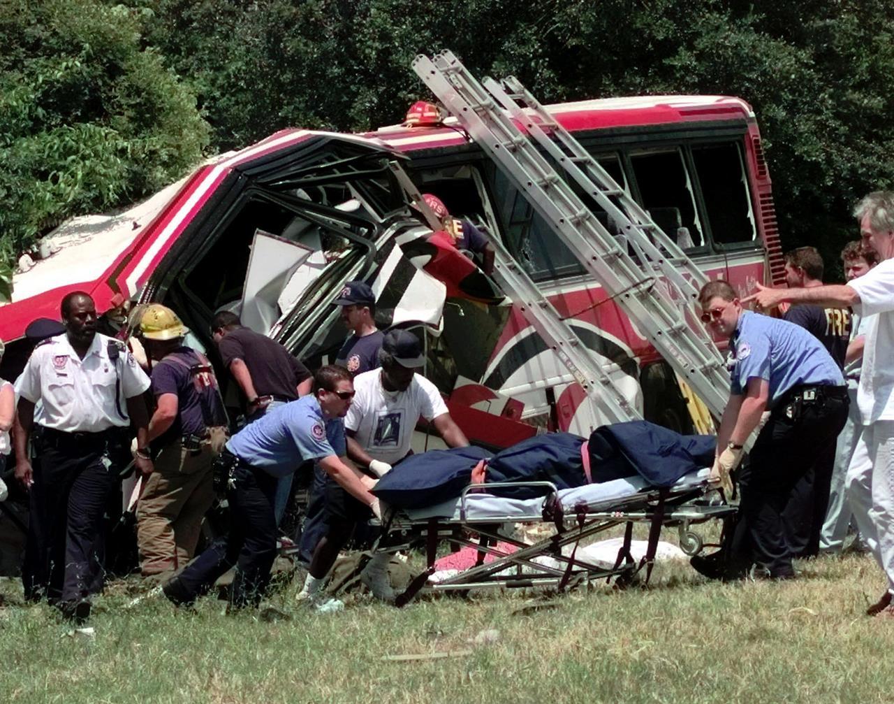 Limousine crash ranks among deadliest US traffic accidents