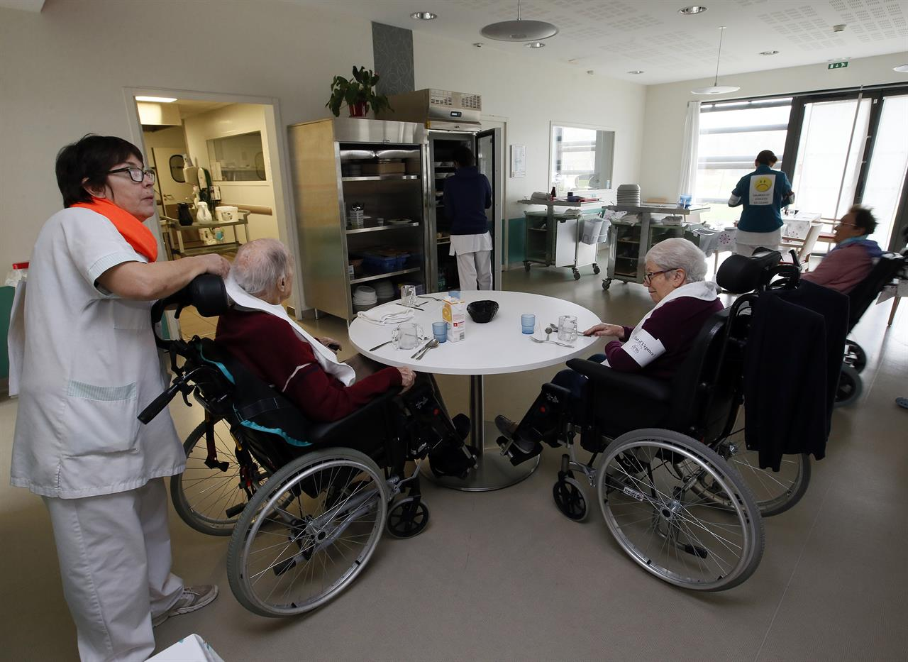staff shortage in nursing homes Nursing home residents: short-changed by staff shortages, part ii hearing before the senate special committee on aging july 27, 2000.