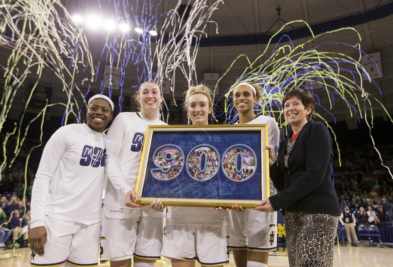 McGraw earns 900th victory