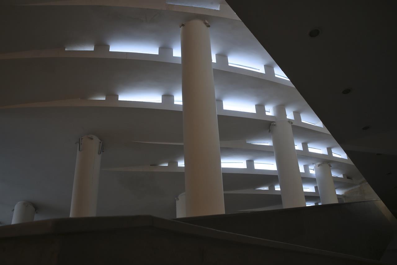 avant garde lighting. Avant-garde Mosque Angers Hard-liners In Iran Avant Garde Lighting