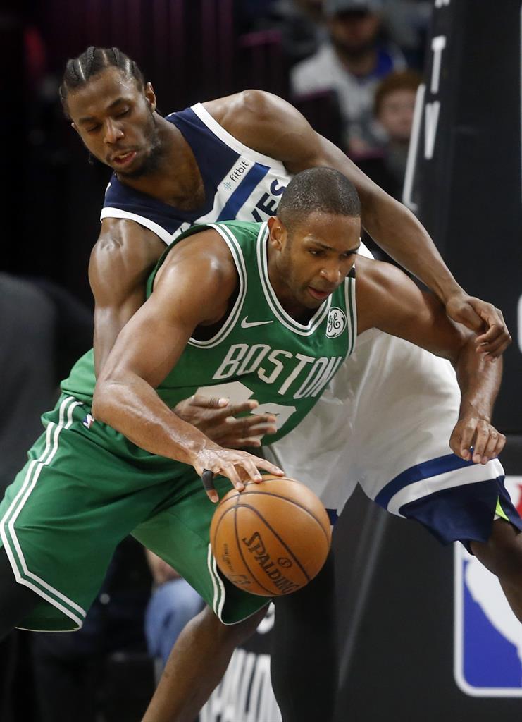 b49eb49136e0 ... Irving returns to carry Celtics past Timberwolves 117-109 ...