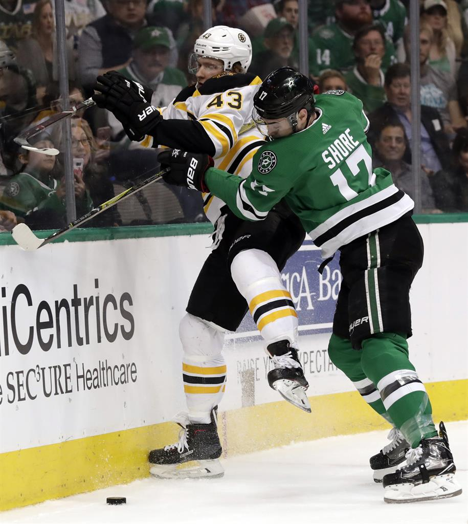 Pastrnak Scores With 12 Seconds Left, Bruins Edge Stars 3