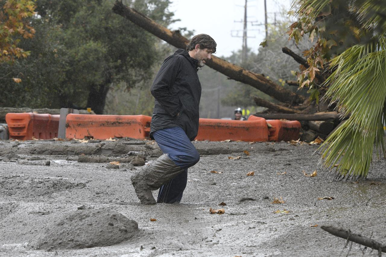 The Latest: Flooding blocks coastal California freeway | AM