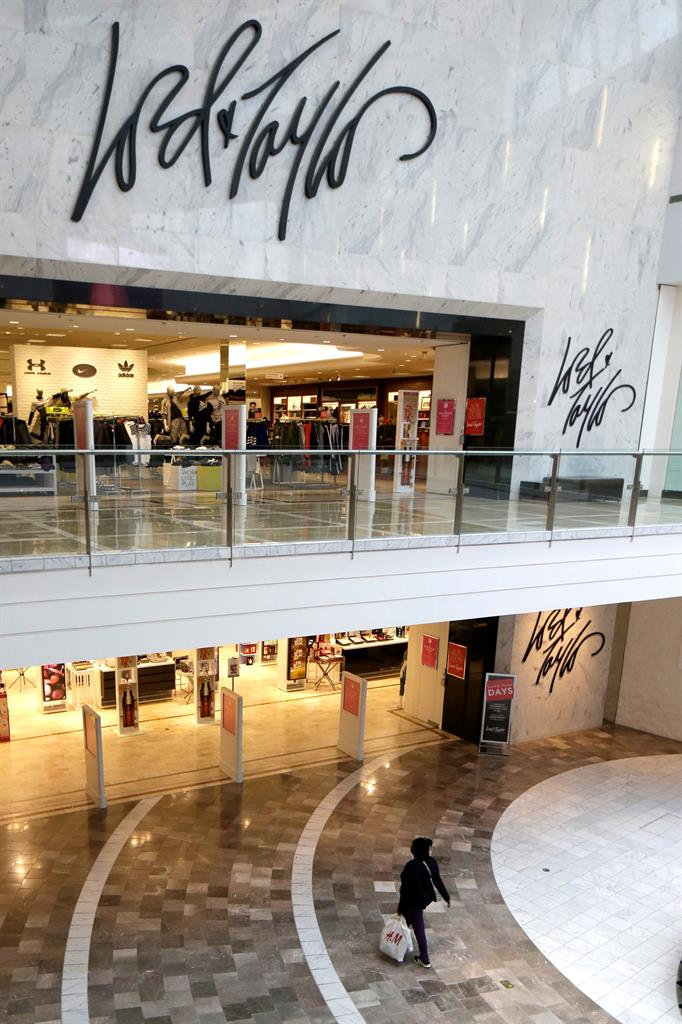 Data breach hits saks fifth avenue lord taylor stores am 1190 wafs atlanta ga for Lord and taylor garden state plaza