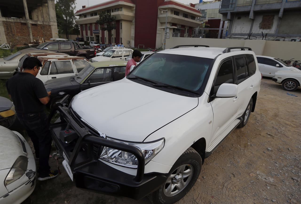 Pakistan summons US envoy over deadly crash | AM 1070 The Answer
