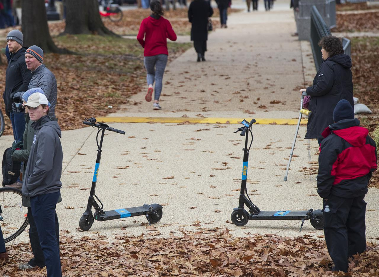 Shared electric scooters surge, overtaking docked bikes | AM 970 The