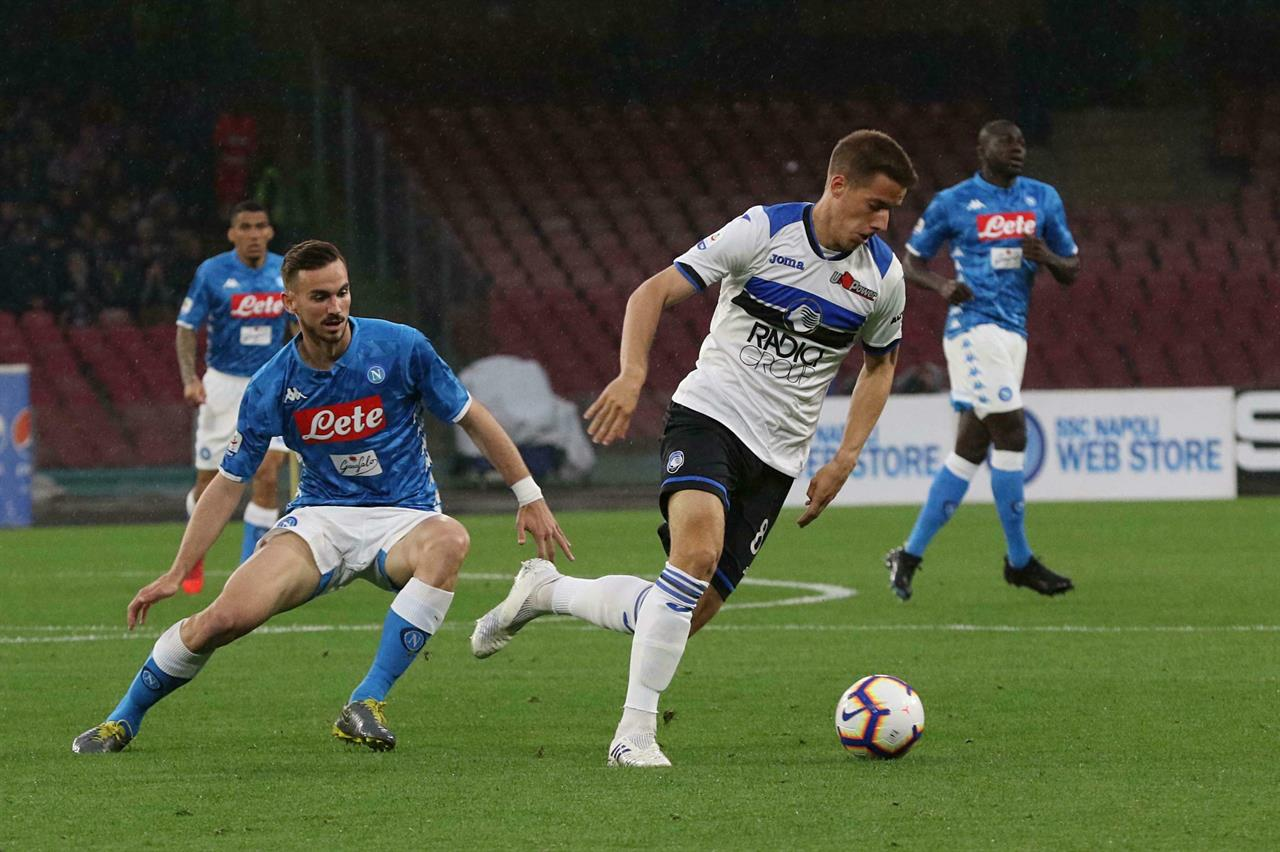 Atalanta into Champions League contention with win at ...