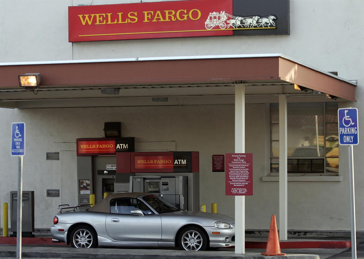 Wells Fargo Car Loans: Wells Fargo Agrees To Pay $385M To Settle Car Loan Lawsuit