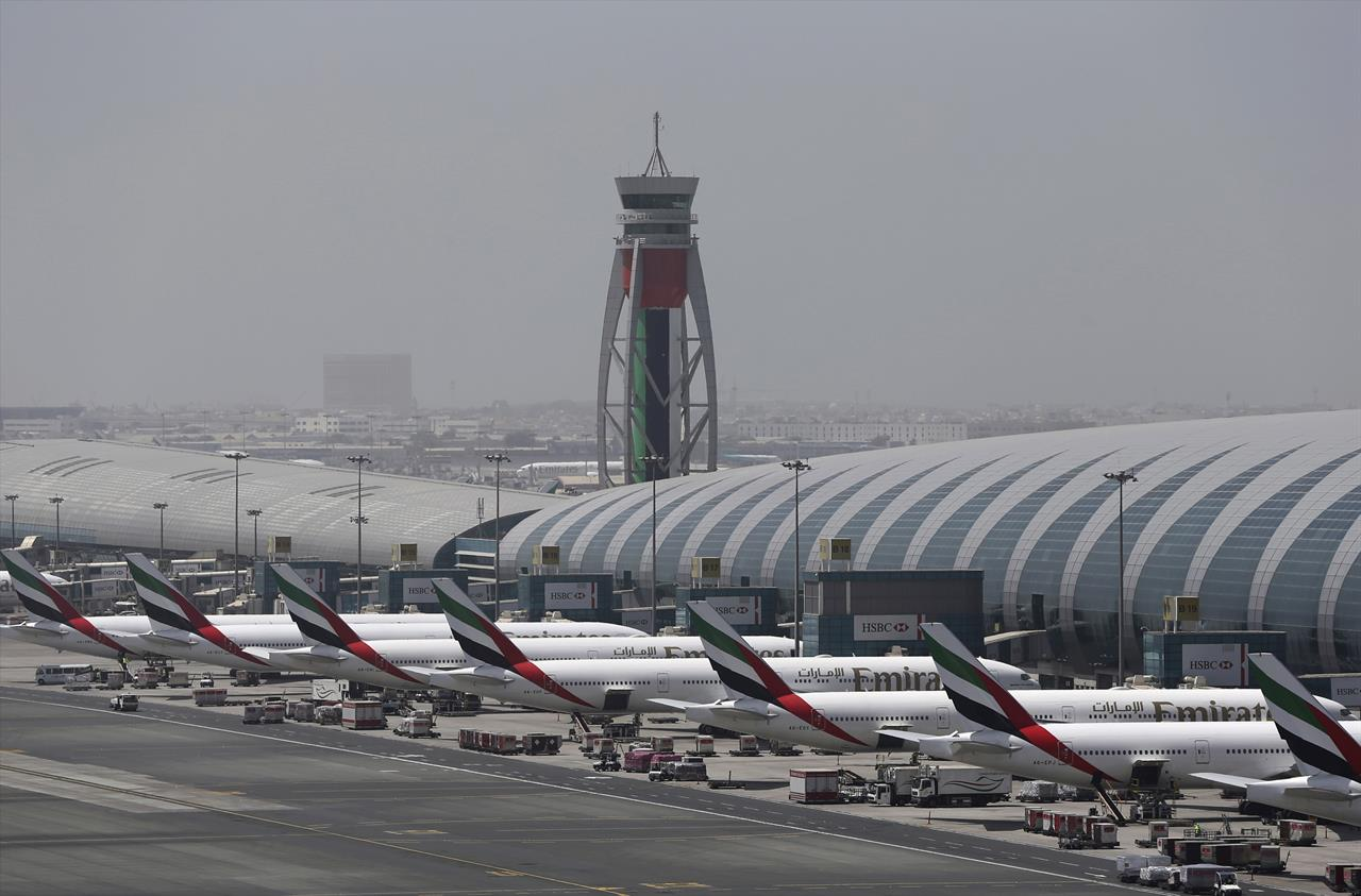 Report: Dubai plane that crashed followed others too closely